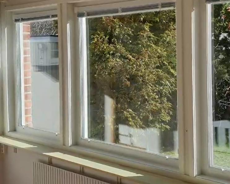 Monterat och klart i Tullinge. Denna gång blev det underhållsfria PVC Fönster med 3-Glas Hör av er för offert Torbjörn 070-595 99 57